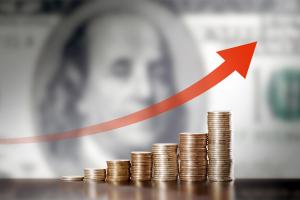 alta do dólar moedas flecha para cima