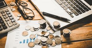 6 minutos - Aprenda a organizar as suas contas no início do ano e saiba quando vale a pena parcelar