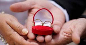 EXTRA - Planejamento e sinceridade sao necessarios para manter a saude financeira do casal