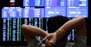 Infomoney - Selic cai a 3,75% e Bolsa já perde 42% no ano como investir nesse cenário
