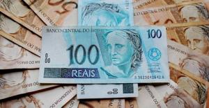 O Globo - Selic menor exige pesquisa de taxas de administração